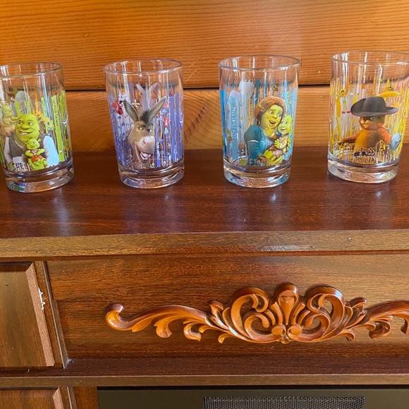 Set of Shrek Glasses